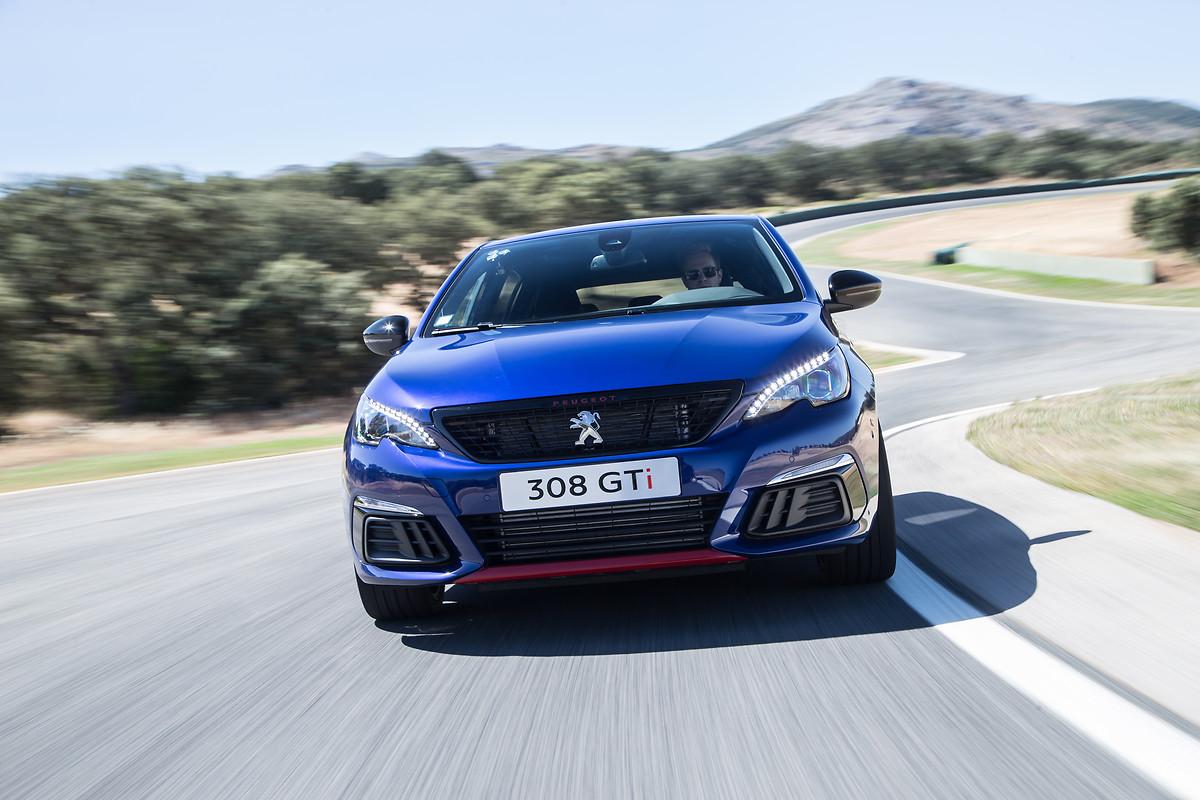 308 GTi by Peugeot Sport: sensazioni estreme