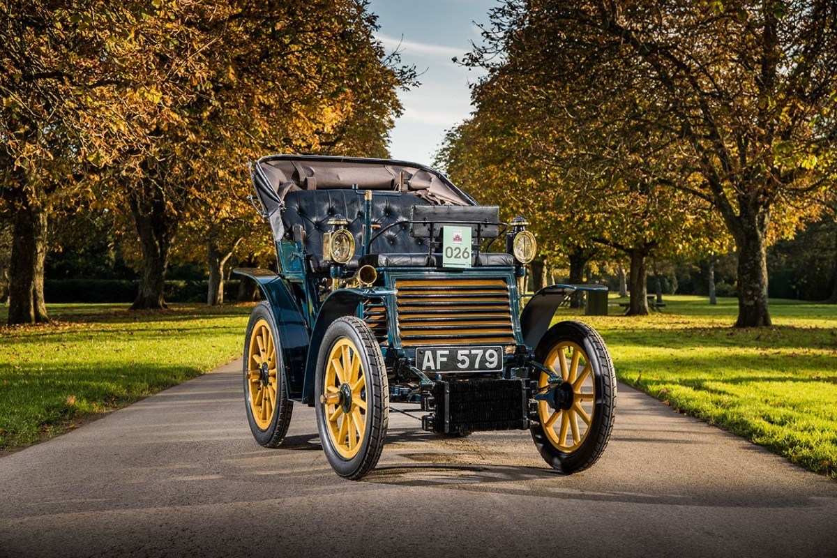 La Fiat 3½ hp del 1899 oggi in pista!