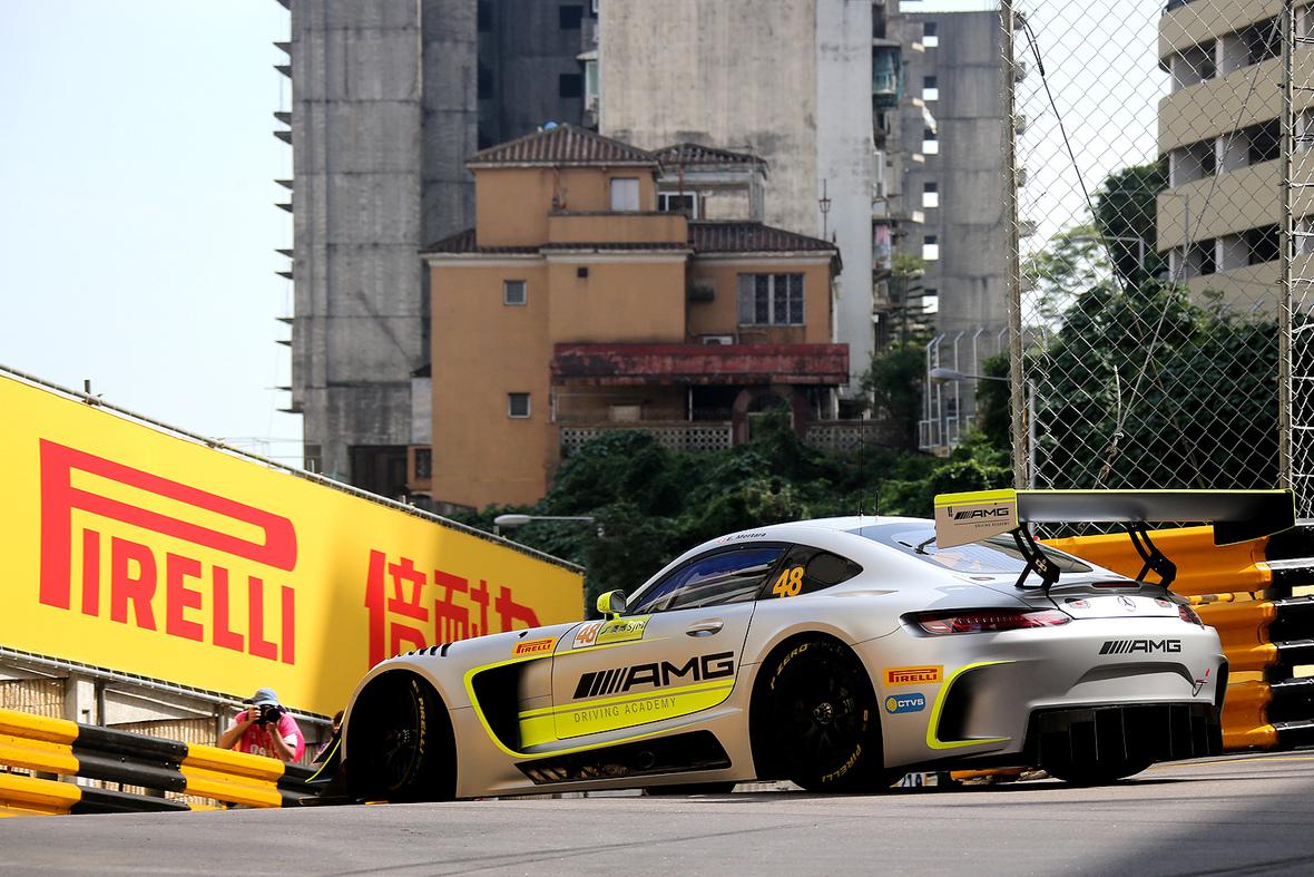 Macao: Mortara vince la FIA GT World Cup 2017