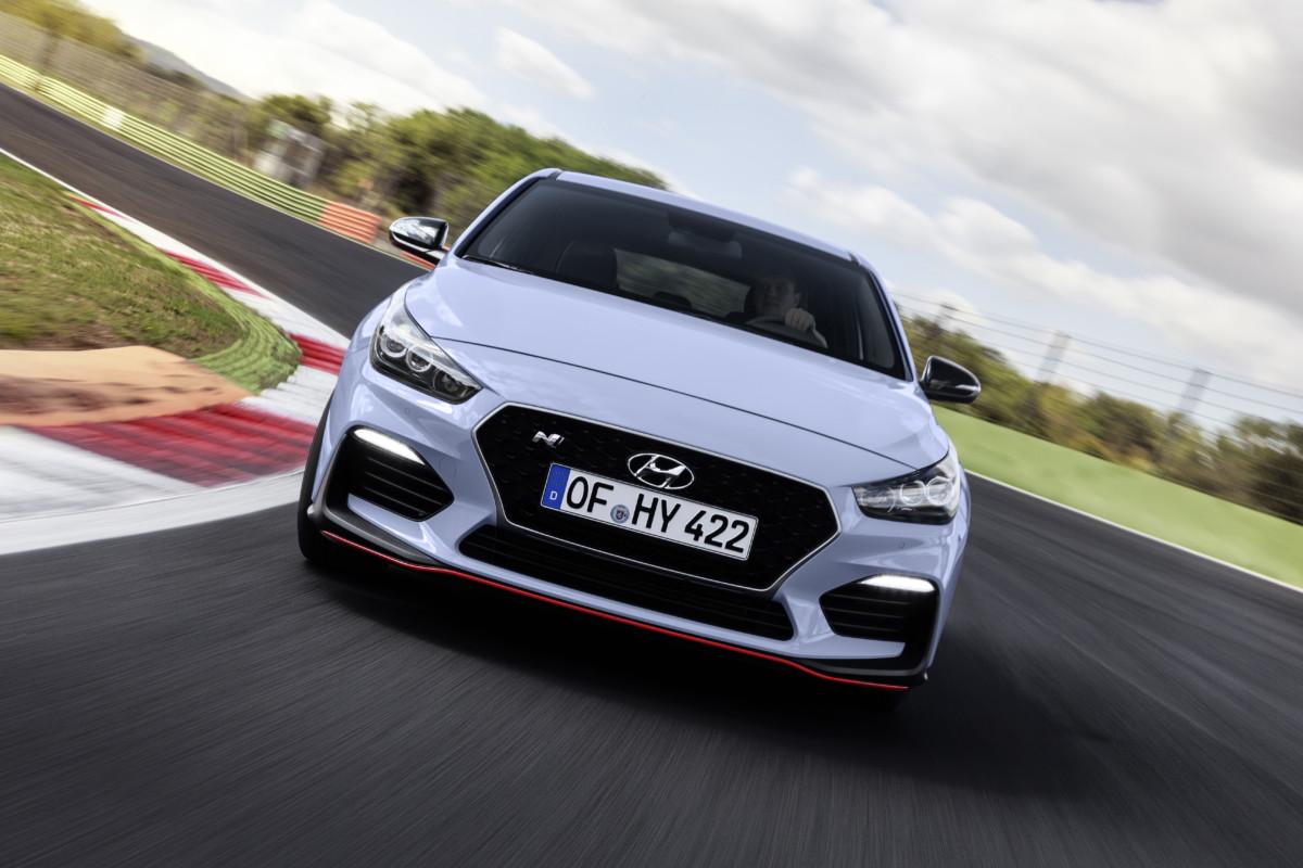 Nuova Hyundai i30 N: alte prestazioni di serie