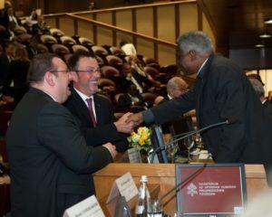 Mazda alla conferenza sul disarmo nucleare in Vaticano