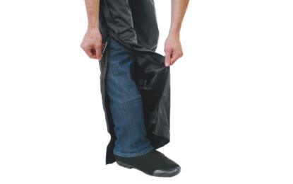 Pantaloni moto: a ogni centauro il suo stile