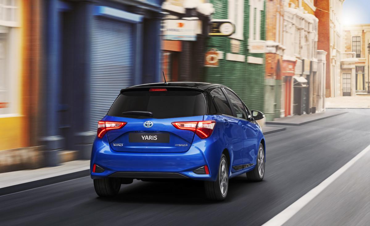 Toyota: ottobre da record per l'ibrido