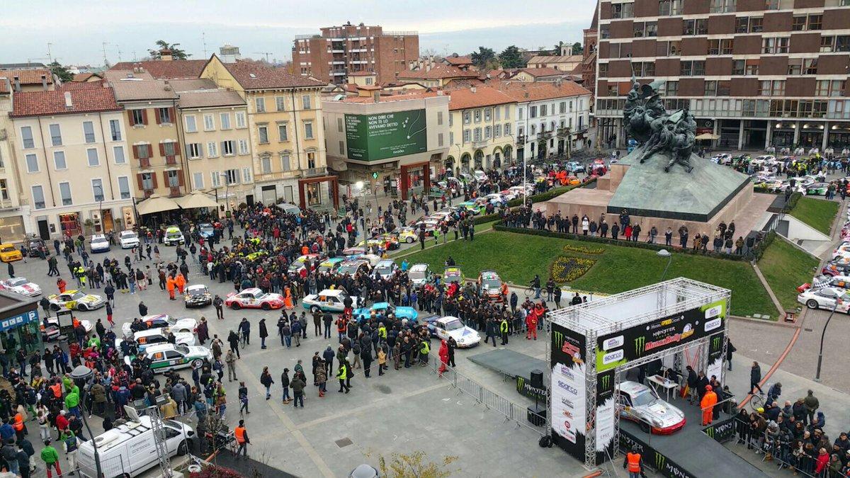 L'abbraccio di Monza dà il via al Rally Show
