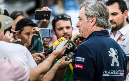 Dakar: Sainz penalizzato; Peugeot presenta appello