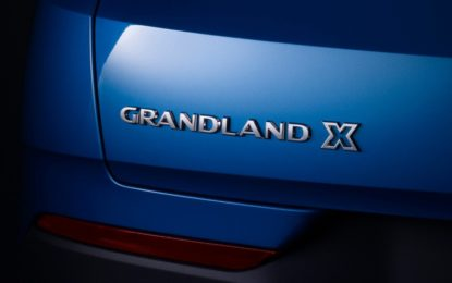 Nuovo benzina top di gamma per Opel Grandland X
