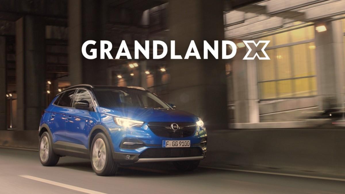 Opel Grandland X: campagna e Porte Aperte