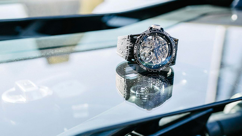 Roger Dubuis e Pirelli presentano Excalibur Spider