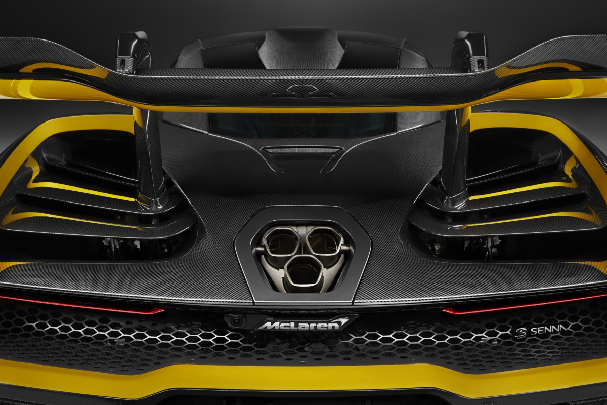 "A Ginevra la McLaren Senna ""Carbon Theme"""
