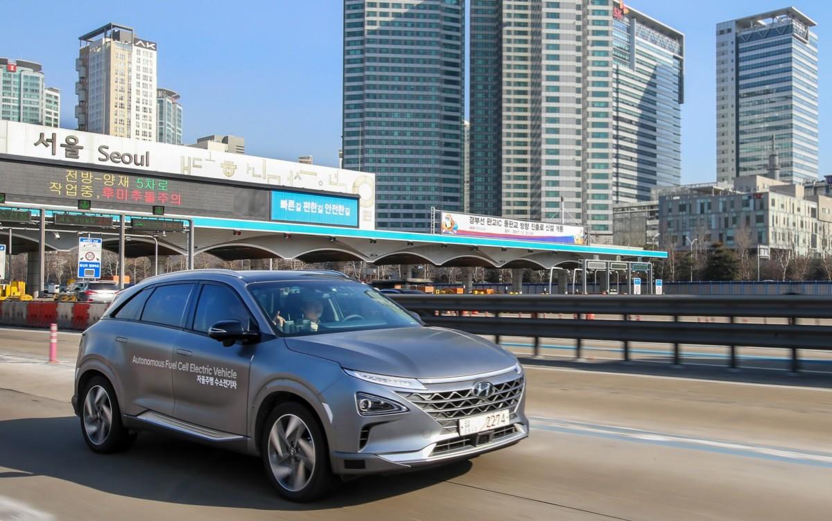 Prime Hyundai Fuel Cell con guida autonoma livello 4