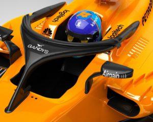 Halo e infradito: affare fatto per McLaren