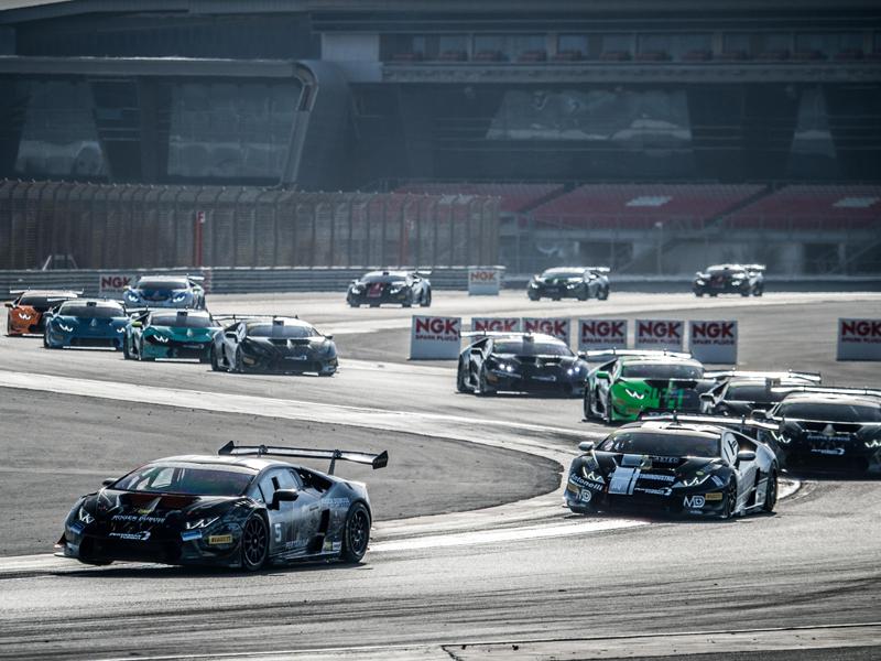 Lamborghini Super Trofeo: la gara di Dubai