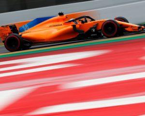 McLaren: problemi nei test risolti