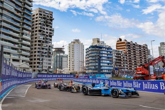 Formula E: batosta per Renault e.dams in Uruguay