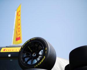 Oltre 100 GT gommate Pirelli in azione a Monza