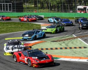 GT: la Ferrari di Mattschull vince a Monza