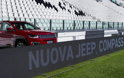 Una Jeep Compass speciale in campo domenica