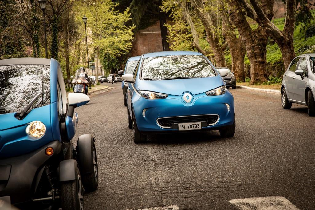 Renault e l'elettrico con Drive the Future