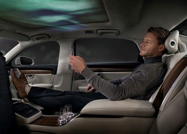 Nuova Volvo S90 Ambience Concept