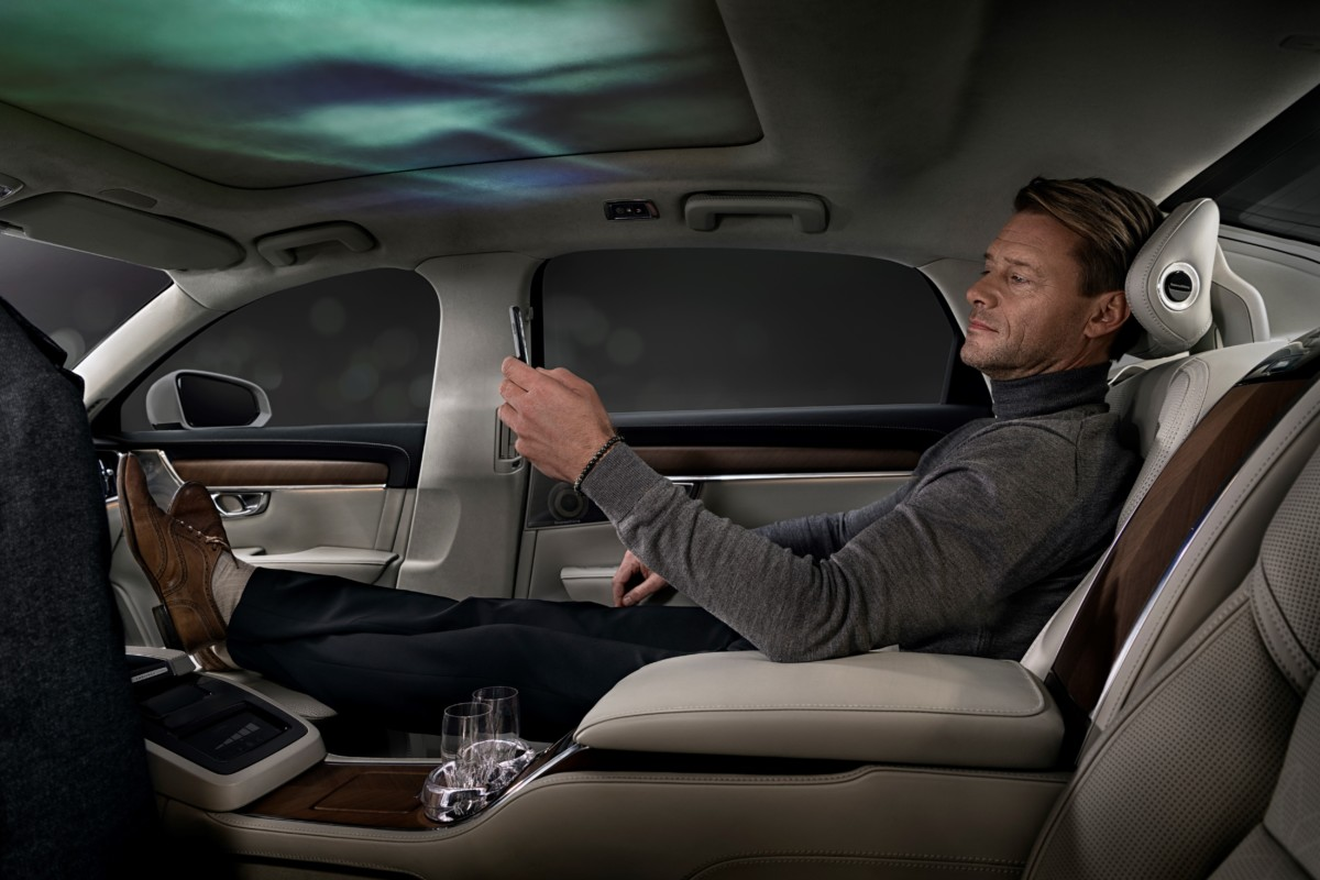Nuova Volvo S90 Ambience Concept