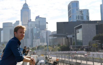 Nico Rosberg con la Gen2 all'e-Prix di Berlino