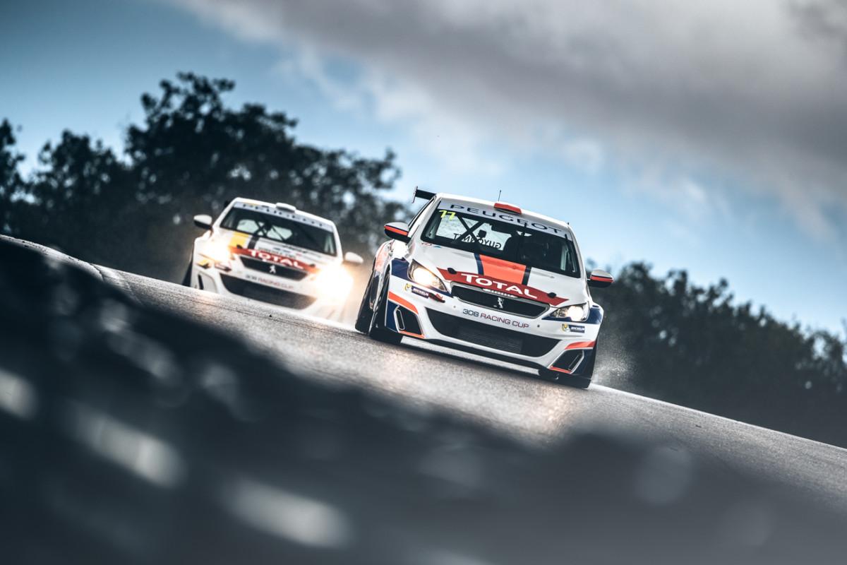 Trofeo PEUGEOT 308 Racing Cup 2018 ai nastri di partenza