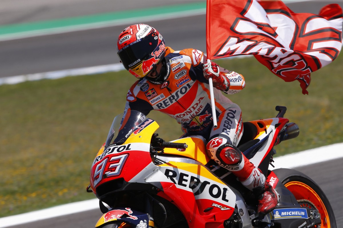 Marquez trionfa nel GP di Spagna e delle cadute