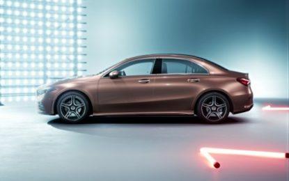 Mercedes Classe A L Berlina: solo per il mercato cinese