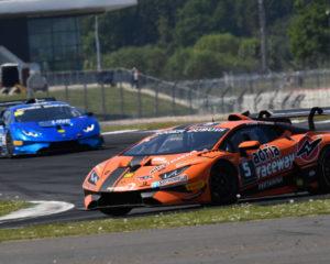 Lamborghini Super Trofeo: vittoria di Altoè a Silverstone