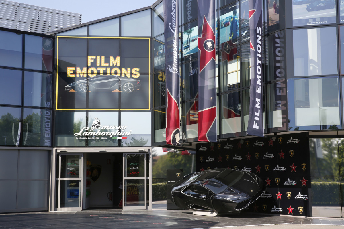 """Film Emotions"": in mostra le Lamborghini del cinema"