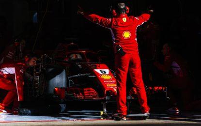 Per Vettel doppio GP nel primo giorno di test