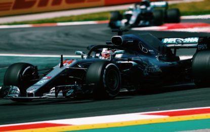 Spagna: Hamilton davanti alle Red Bull nelle FP2