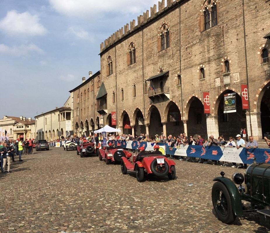 La 1000 Miglia tra Mantova e le rive del Po