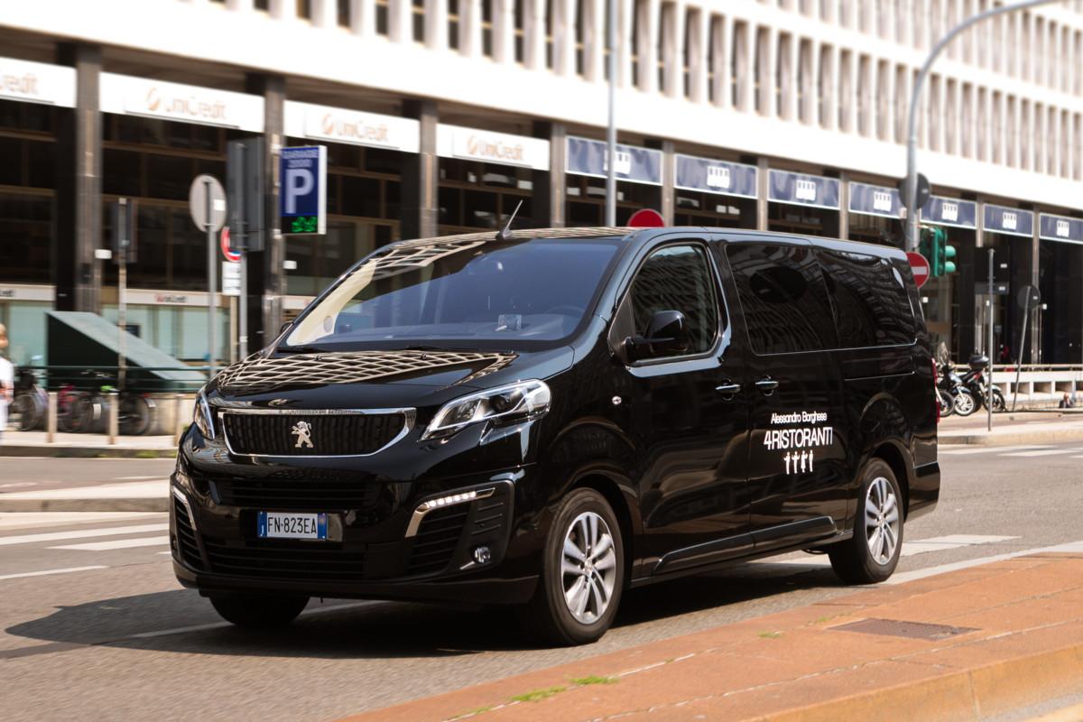 Peugeot Traveller per ristoranti con Alessandro Borghese