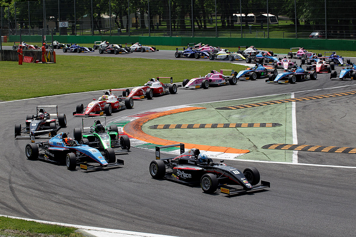 Avvio lanciato per il terzo ACI Racing Weekend
