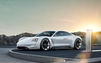 La prima Porsche 100% elettrica si chiamerà Taycan