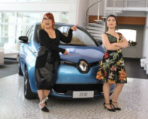 Syusy Blady e la figlia on the road con Renault ZOE