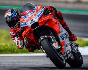 MotoGP: la pole al Catalunya è di Lorenzo