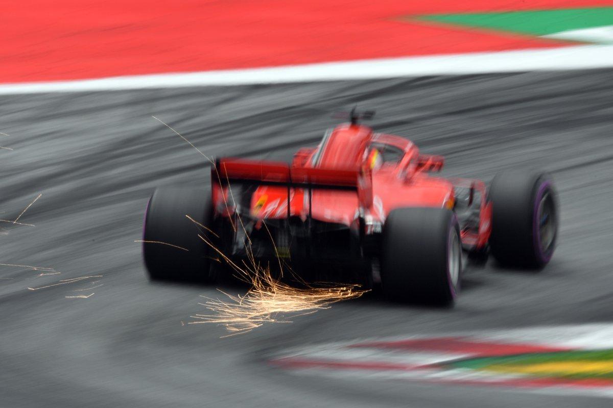 Austria: FP3 a Vettel, problemi per Verstappen