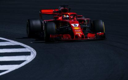 GB: Vettel davanti alle Mercedes nelle FP2. Raikkonen 4°