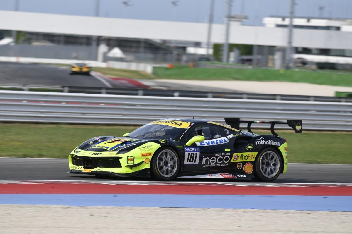 Ferrari Challenge: debutto della nuova 488 a Brno
