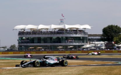 GB: Hamilton, Raikkonen, Bottas nelle FP3. Botto per Hartley