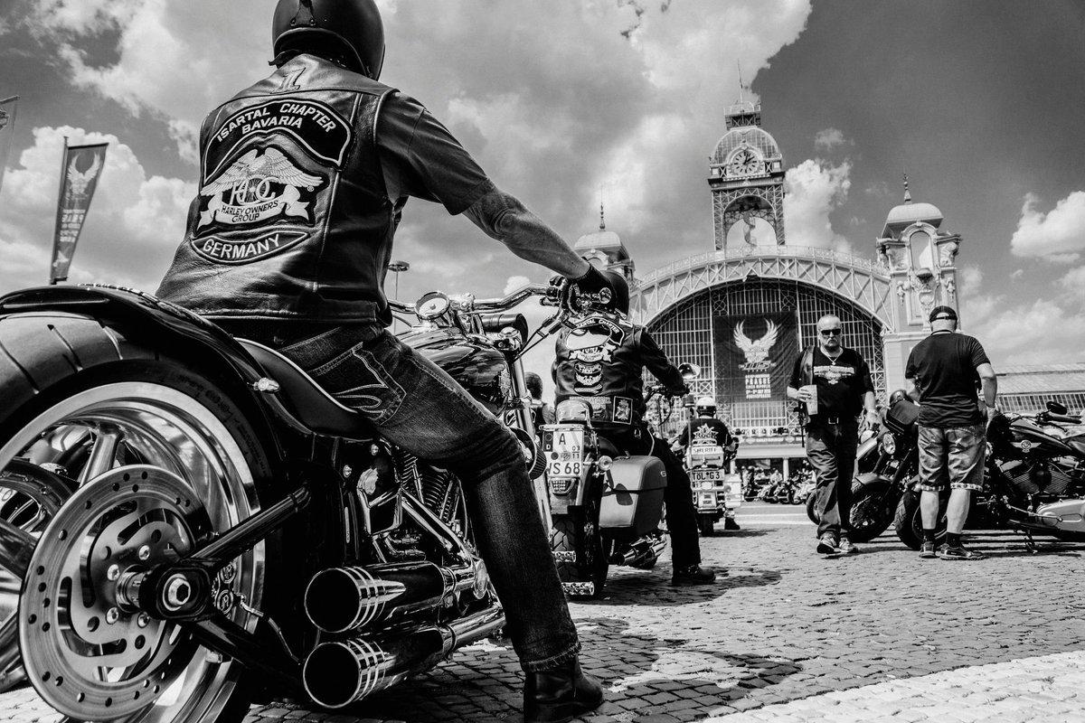 Grande festa a Praga per i 115 anni Harley-Davidson