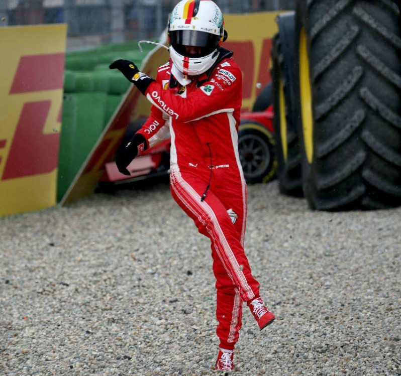 Evviva Vettel che si arrabbia…