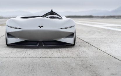INFINITI Prototype 10: una speedster per il futuro