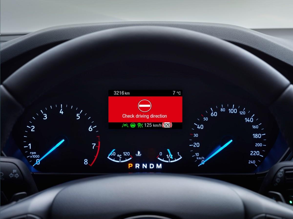 Wrong Way Alert: la tecnologia Ford contro la guida contromano
