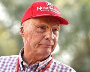 Niki Lauda sta molto meglio: lo dice il fratello