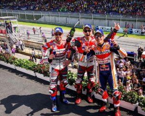 Lorenzo trionfa davanti a Marquez e Dovizioso. Rossi 6°