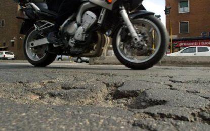 Caschi integrali, protezioni e tecnologia: tutto ciò che serve per la sicurezza in moto