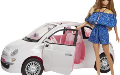 La Fiat 500 di Barbie alla Vogue For Milano Night